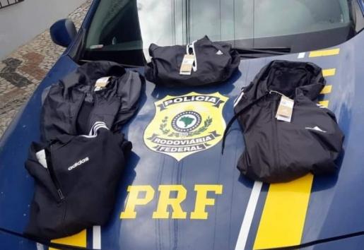 Dois homens e uma mulher são presos em carro de SMOeste após furtarem loja de roupas